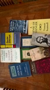books-left